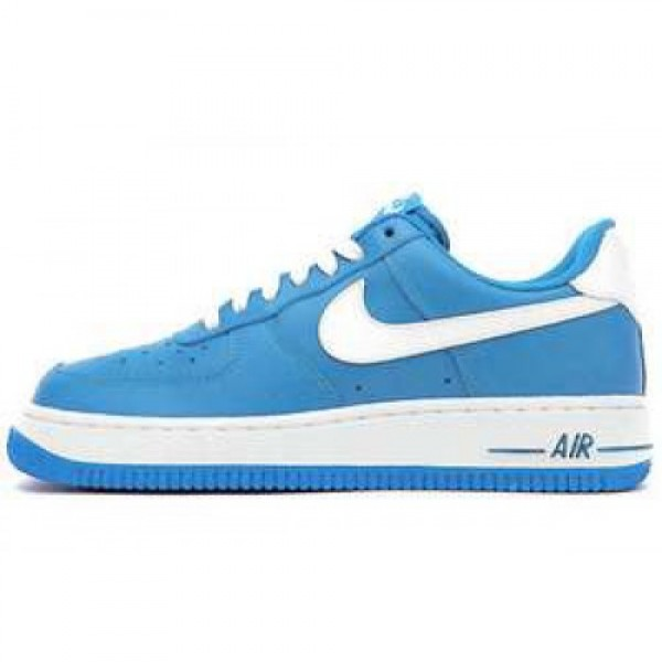 Nike Wmns Air Force 1 '07 LE BLUE GLOW/WHITE ナ�...