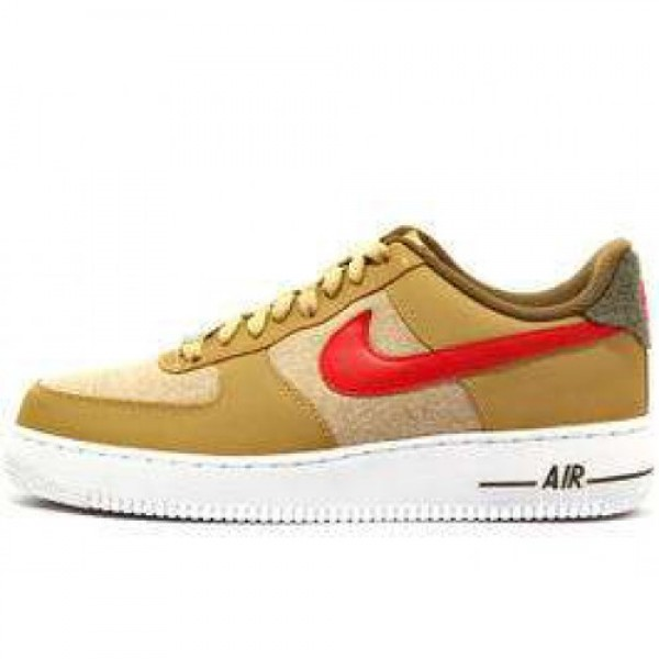 Nike Air Force 1 07 LE JERSEY GOLD/SPORT RED-WHITE...