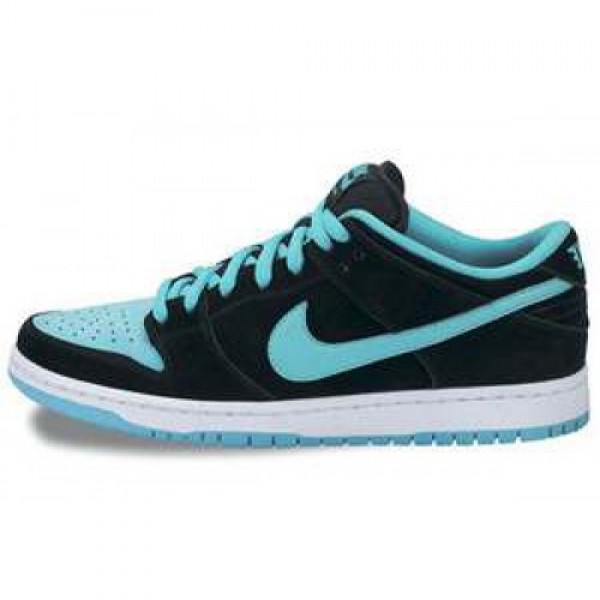 Nike Dunk Low Pro SB BLACK/CLEAR JADE-WHITE ナイ...