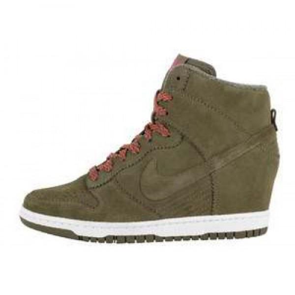 "Nike Wmns Dunk Sky Hi ""Wedge Heel"" MDM OLIVE/MDM OLV-SL-TTL ORNG ナイキ ウィメンズ ダンク スカイ ハイ リバティー ""ウェッジヒール"" ミディアムオリーブ/セイル トータルオレンジ 528899-200"