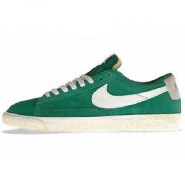 Nike Blazer Low PRM VNTG Court Green/White ナイ�...